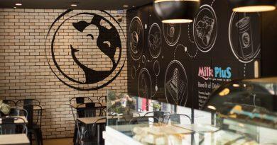 Milk Plus ร้านนมและขนมปัง อร่อยไม่เคยเปลี่ยน หอมนมเป็นเอกลักษณ์